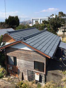 屋根瓦はしっかりしているので雨漏りの心配は無さそうです