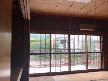 バルコニーに繋がる12畳の和室