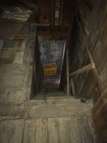 2階と3階を繋ぐ階段