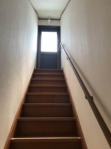 天文台に続く階段