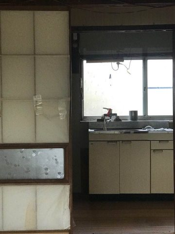 ②の建物 台所