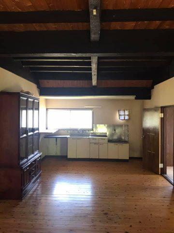船底天井の広いリビングキッチン