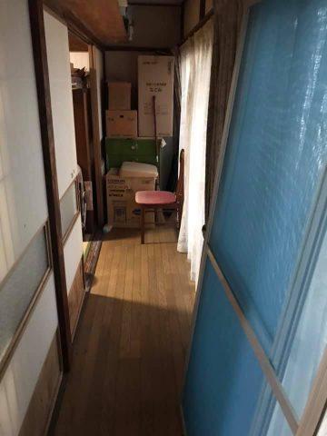 2つ目と3つ目の和室の横にある廊下