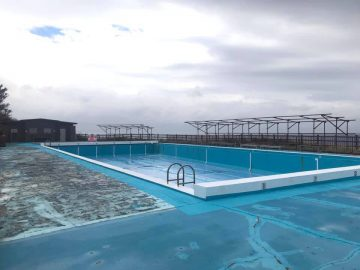 差木地漁港の夏限定プール